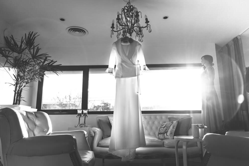 vestido de novia por geronimo de la iglezia