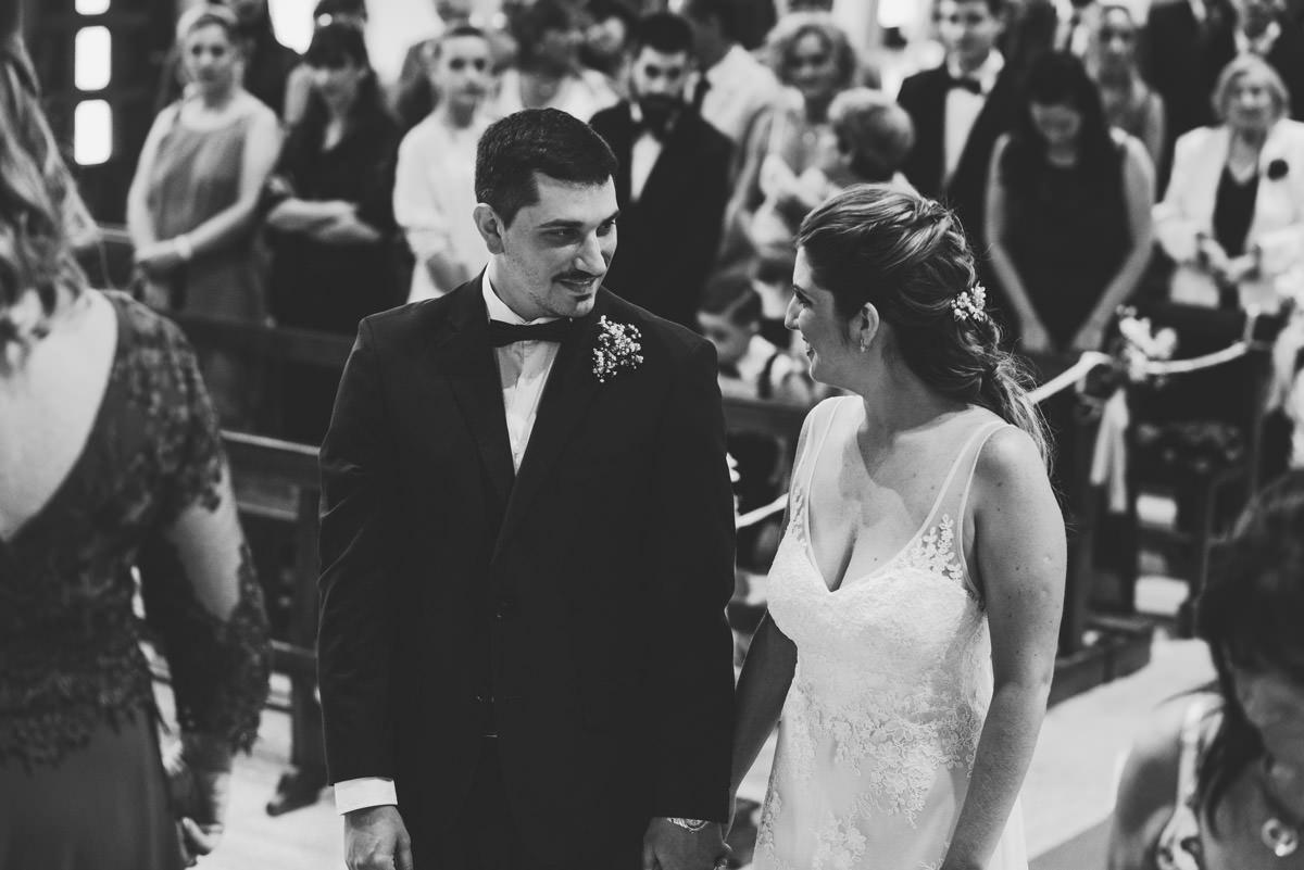 fotos de boda en mar del plata de dia por nostra fotografia iglesia cristo rey