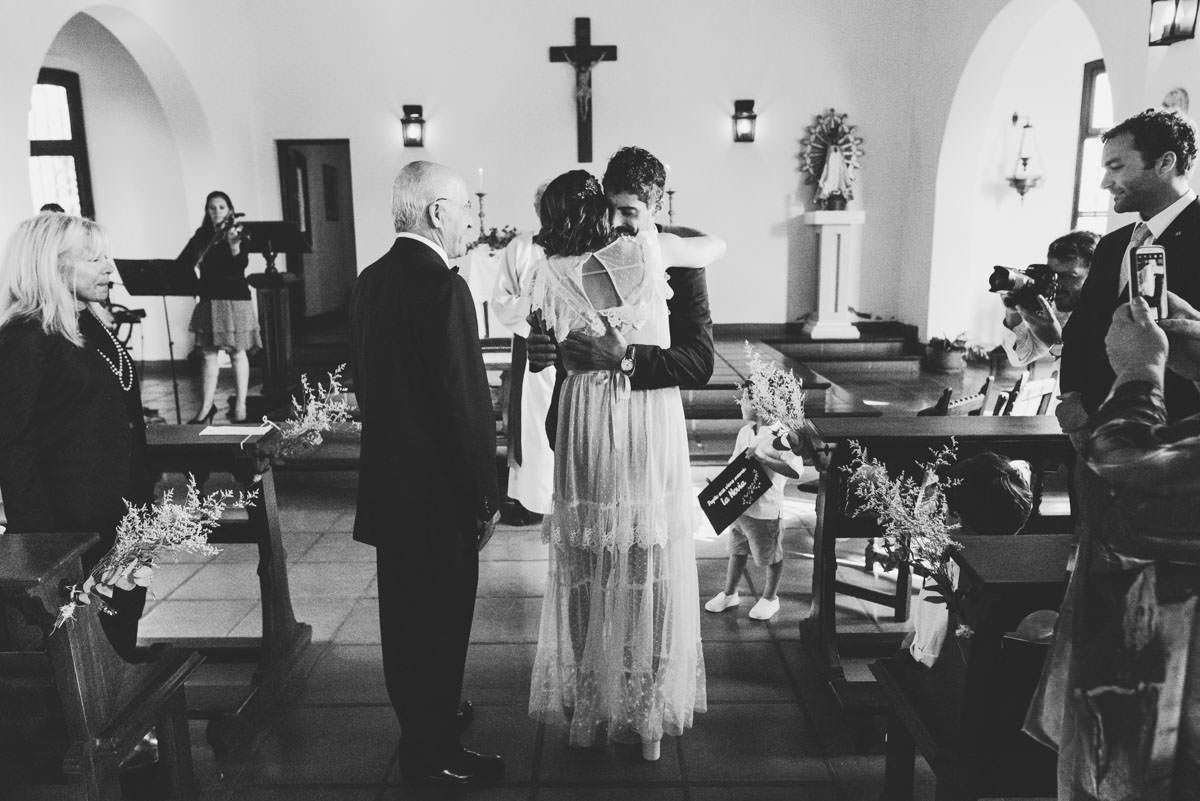 boda ceremonia en capilla en otamendi por nostra fotografia